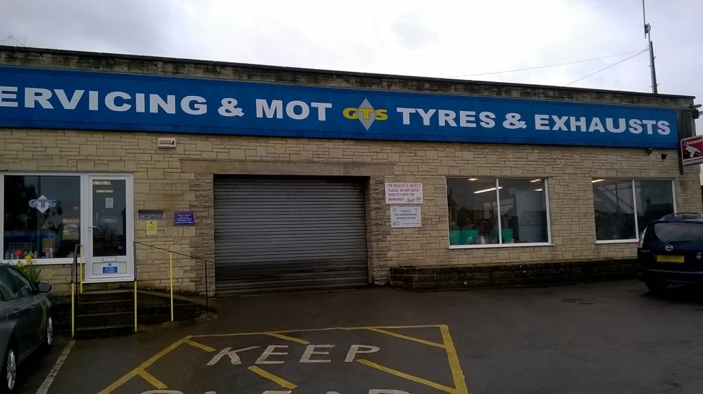 Gillingham Tyre Services Ltd Photo-1 edit.jpg