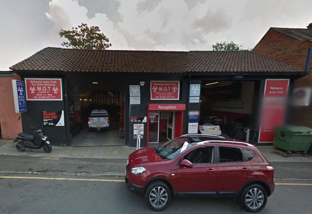 reliance auto centre wycombe.JPG